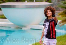 Cantor Luiz Ricardo que participou do programa televisivo The Voice Kids da Rede Globo